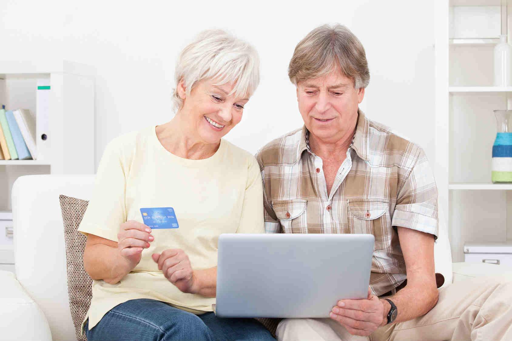 До какого возраста дают кредит пенсионерам